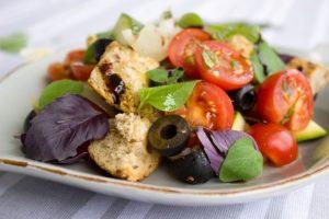 Tomaten auf dem Teller